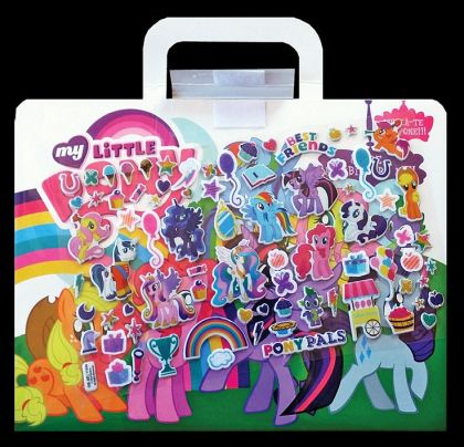 My Little Pony – Carte cu abtibilduri moi